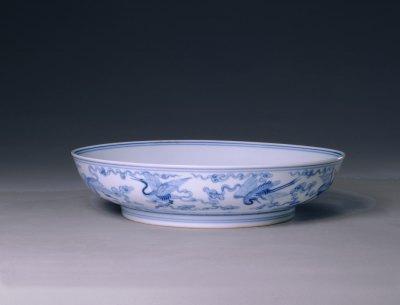 四爷的瓷器也很忙 雍正青花拍卖步步惊心