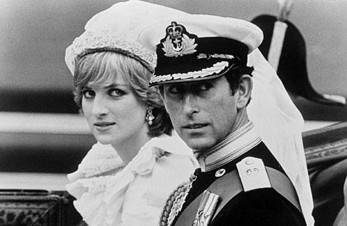 日的辉煌:英国王妃戴安娜的世纪婚礼.(图片来源网络)-盘点戴安